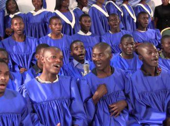 Негры геи поют в Йоханнесбурге. Южная Африка